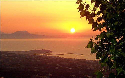 Sundown: Port of Rethymnon and Cape Drapanon